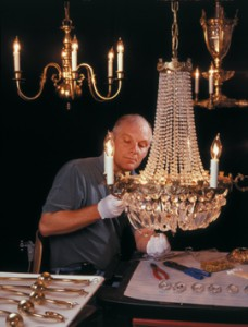restore-chandelier